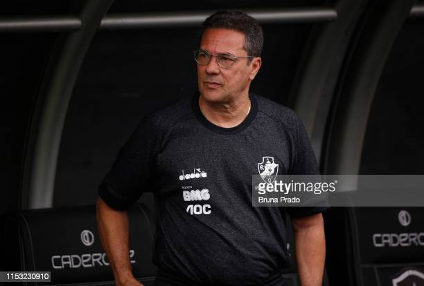 Marcos Valadares head coach of Vasco da Gama looks on during a match between Botafogo and Vasco da Gama as part of the Brasileirao Series A...