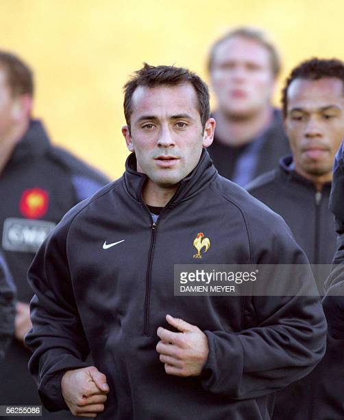 France's fullback Thomas Castaignede warms up 22 November 2005 during a training session at the Rugby Union National Center in Marcoussis French...