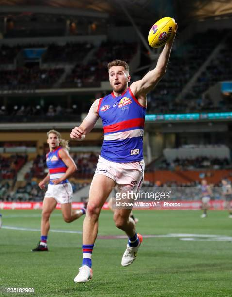 Marcus Bontempelli of the Bulldogs in action during the 2021 AFL Second Preliminary Final match between the Port Adelaide Power and the Western...