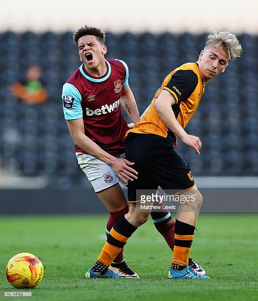 Marcus Browne of West Ham and Jarrod Bowen of Hull City challenge for the ball during the Second Leg of the Premier League U21 Cup Final at the KC...