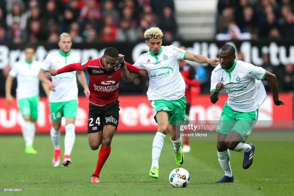 EA Guingamp v AS Saint-Etienne - Ligue 1 : News Photo
