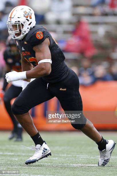 Marcus Davenport of the South team rushes during the Reese's Senior Bowl at LaddPeebles Stadium on January 27 2018 in Mobile Alabama