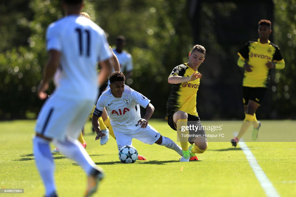 Marcus Edwards of Tottenham Hotspur is fouled to earn a penalty during the UEFA Youth Champions League group H match between Tottenham Hotspur and Borussia Dortmund on September 13, 2017 in Enfield, United Kingdom.
