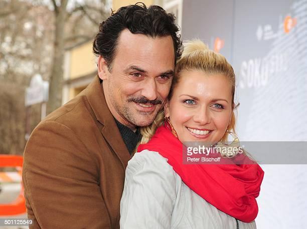 Marcus Grsser Ehefrau Jessica Boehrs Feier zum 35jhrigen Jubilum der ZDFKrimiSerie SOKO 5113 Park Caf Mnchen Bayern Deutschland Europa Roter Teppich...
