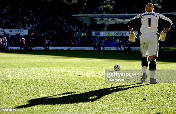 Marcus Hahnemann of Reading prepares to take a goal kick during the Coca Cola Championship match between Reading and Sheffield United at the Madjeski...