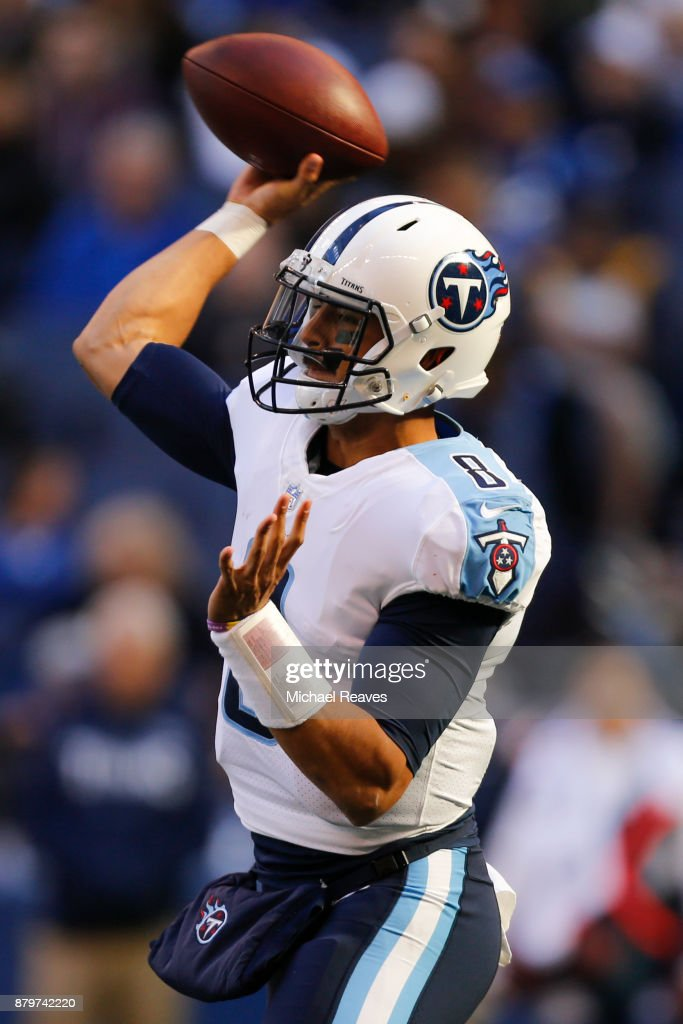 Marcus Mariota #8 of the Tennessee Titans throws a pass against the Indianapolis Colts at Lucas Oil Stadium on November 26, 2017 in Indianapolis, Indiana.