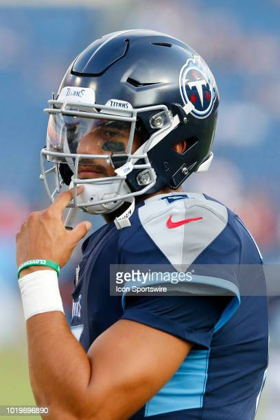 Marcus Mariota of the Titans turns to see the play before the preseason game between the Tennessee Titans and Tampa Bay Buccaneers on August 18 2018...