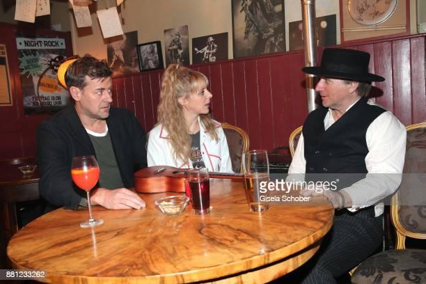 Marcus Mittermeier alias Harald Neuhauser, Bernadette Heerwagen alias Angelika Flierl and Michael Fitz during the 'Muenchen Mord' tv series on set...
