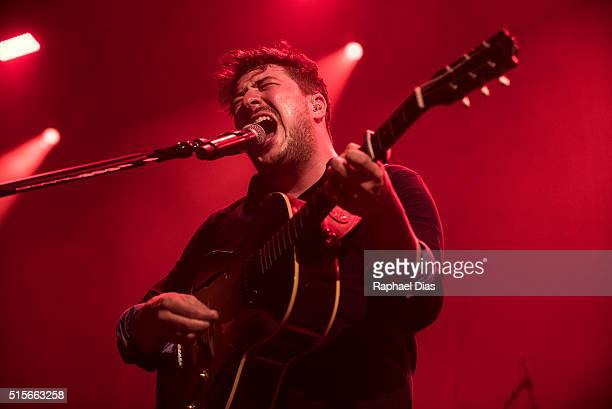 Marcus Mumford from Mumford and Sons performs at Metropolitan on March 14 2016 in Rio de Janeiro Brazil