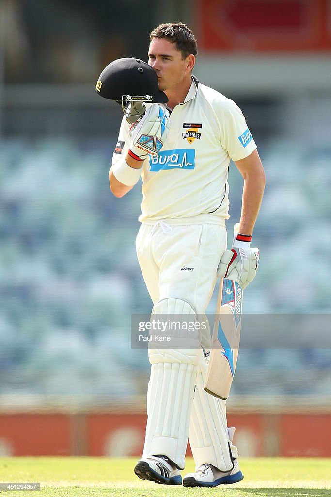 Sheffield Shield - Warriors v Bushrangers: Day 1