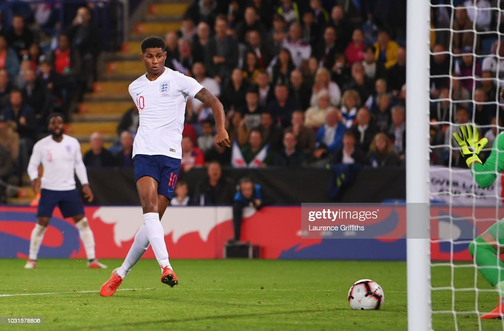Marcus Rashford of England scores his team's first goal during the international friendly match between England and Switzerland at The King Power Stadium on September 11, 2018 in Leicester, United Kingdom.