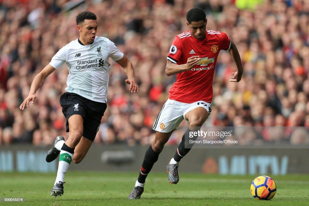 Manchester United v Liverpool - Premier League : Fotografía de noticias