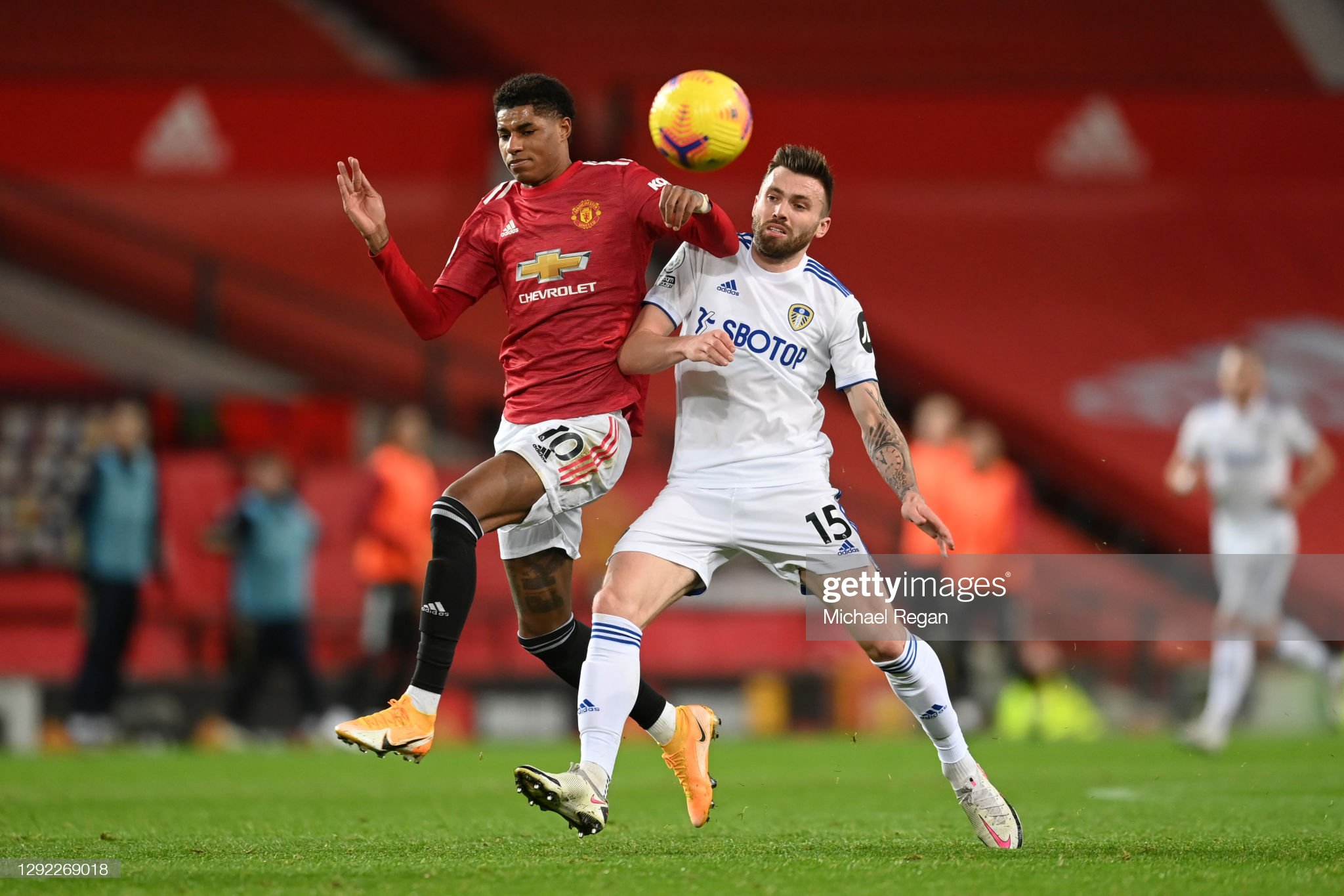 Leeds United vs Manchester United preview, prediction and odds