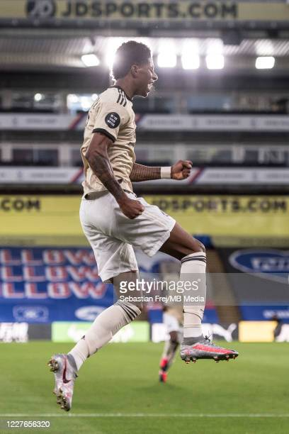 Marcus Rashford of Manchester United celebrate after scoring 1st goal during the Premier League match between Crystal Palace and Manchester United at...