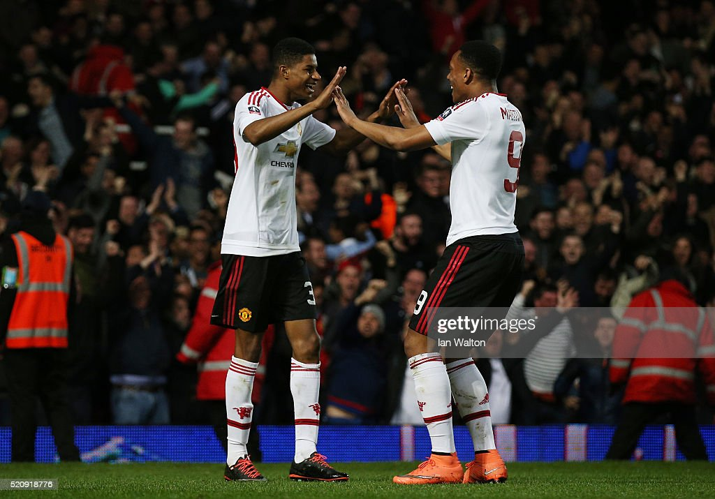 West Ham United v Manchester United - The Emirates FA Cup Sixth Round Replay : News Photo