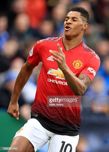 Marcus Rashford of Manchester United celebrates scoring the winning goal during the Premier League match between Leicester City and Manchester United...
