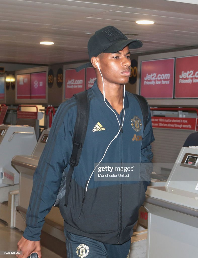 Manchester United Players Depart for Their Champions League Match in Bern : News Photo