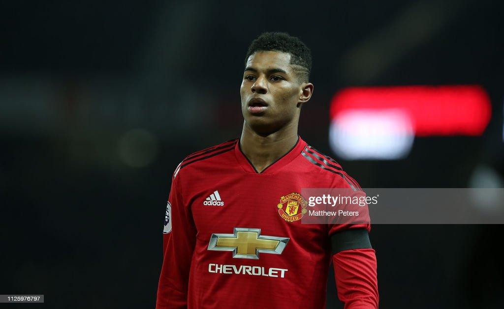 Manchester United v Burnley FC - Premier League : News Photo