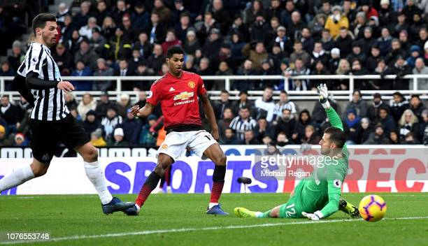 Marcus Rashford of Manchester United scores his team's second goal during the Premier League match between Newcastle United and Manchester United at...