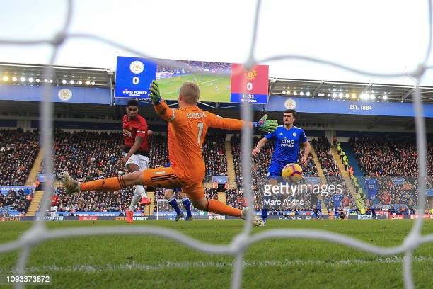 Marcus Rashford of Manchester United scores their 1st goal during the Premier League match between Leicester City and Manchester United at The King...
