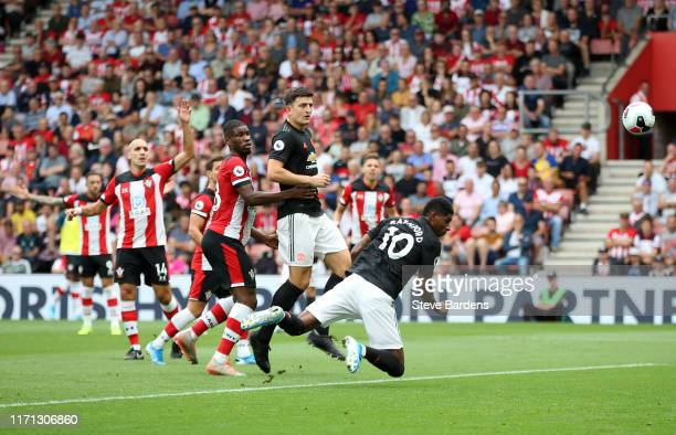 Marcus Rashford of Manchester United shoots a header and misses during the Premier League match between Southampton FC and Manchester United at St...