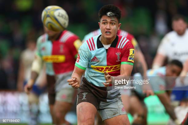 Marcus Smith of Harlequins in action during the Aviva Premiership match between Harlequins and Bath Rugby at Twickenham Stoop on March 4 2018 in...