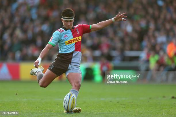 Marcus Smith of Harlequins kicks a penalty during the Aviva Premiership match between Harlequins and Worcester Warriors at Twickenham Stoop on...