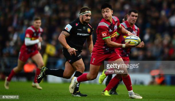 Marcus Smith of Harlequins makes a break during the Aviva Premiership match between Exeter Chiefs and Harlequins at Sandy Park on November 19 2017 in...