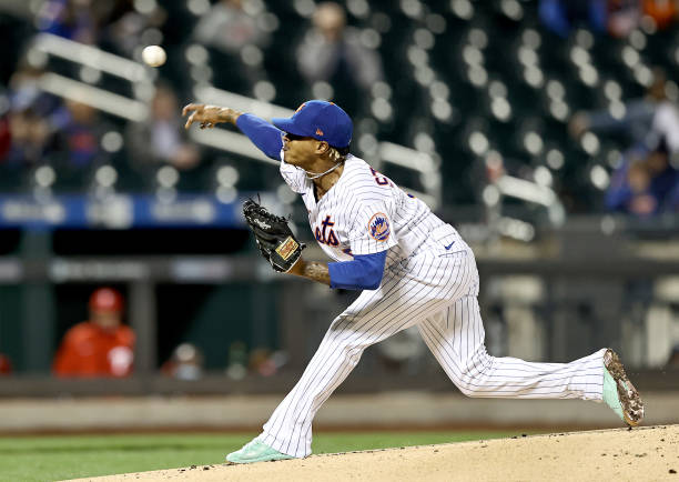 NY: Philadelphia Phillies v New York Mets Game 2