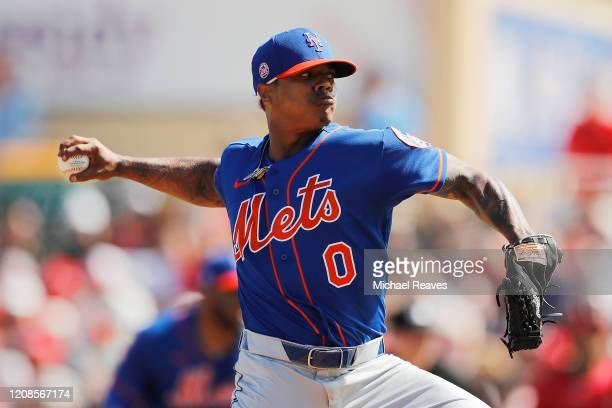 Marcus Stroman of the New York Mets delivers a pitch in the second inning of a Grapefruit League spring training game at Roger Dean Stadium on...