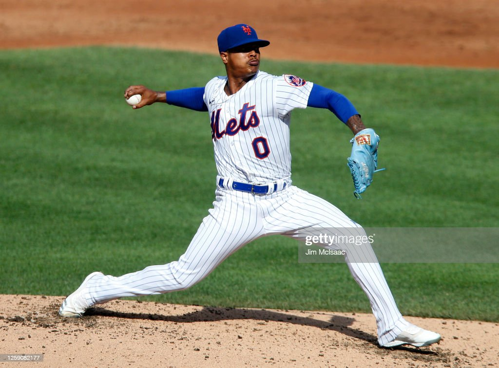 New York Mets Summer Workouts : News Photo