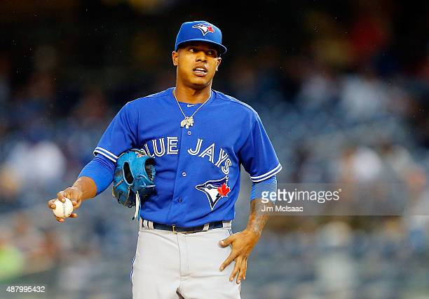 Marcus Stroman of the Toronto Blue Jays in action against the New York Yankees at Yankee Stadium on September 12 2015 in the Bronx borough of New...