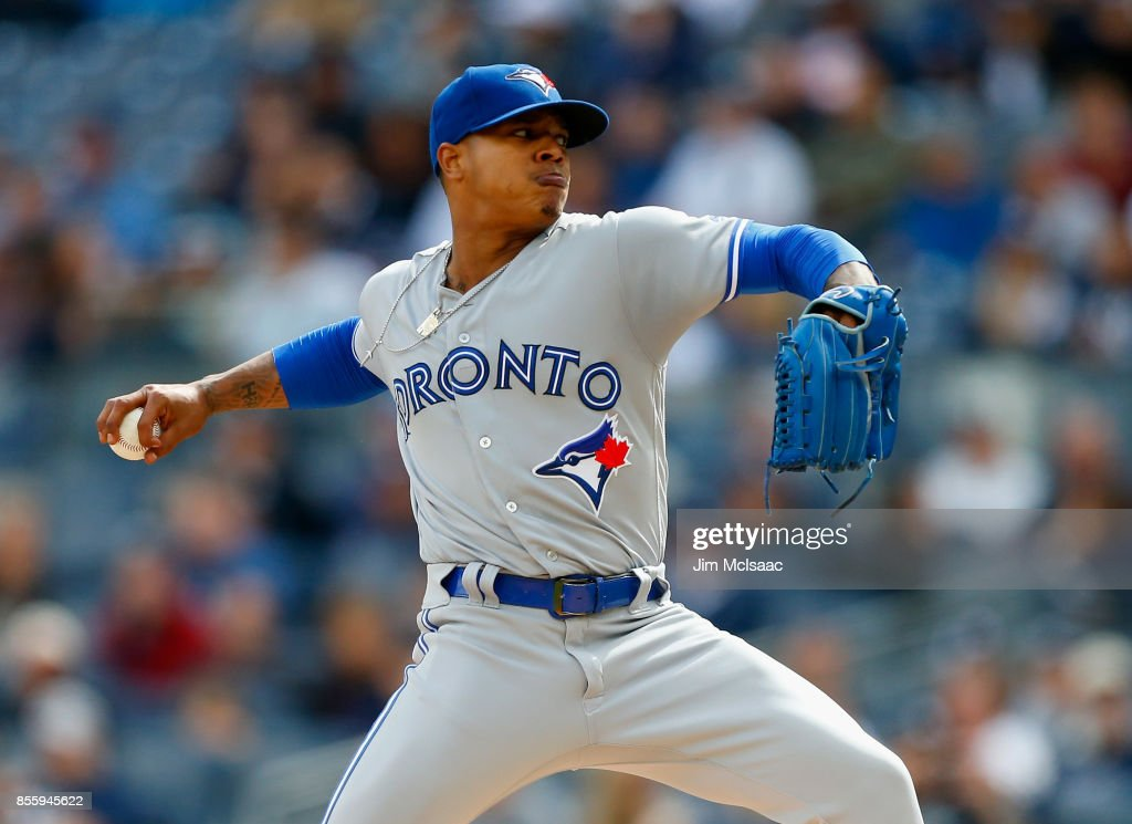 Marcus Stroman #6 of the Toronto Blue Jays pitches in the first inning against the New York Yankees at Yankee Stadium on September 30, 2017 in the Bronx borough of New York City.