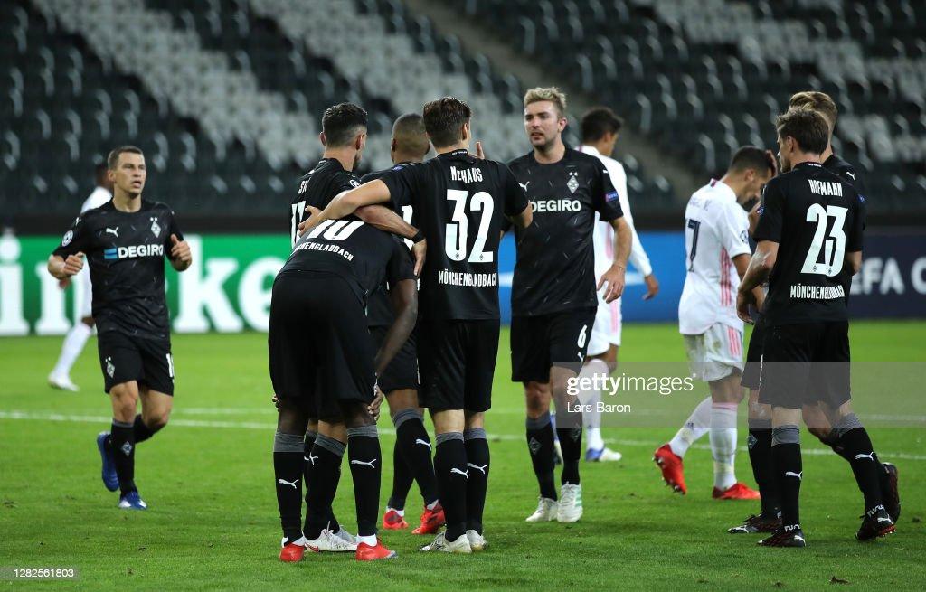 Borussia Moenchengladbach v Real Madrid: Group B - UEFA Champions League : News Photo