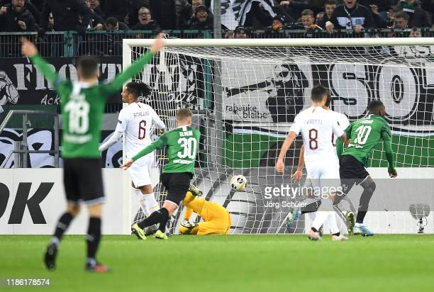 Marcus Thuram of Borussia Monchengladbach scores his sides second goal during the UEFA Europa League group J match between Borussia Moenchengladbach...