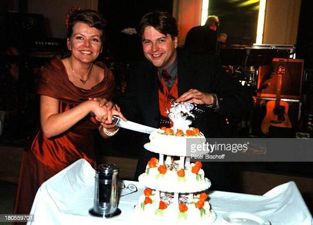 Marcus Zander Ehefrau Elgin AngelaHochzeitsfeier Berlin Deutschland Europa Restaurant InselLindwerder Hochzeitstorte Torte FrauHochzeit