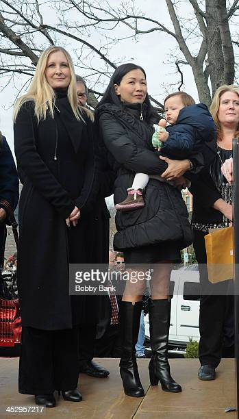 Marcy Wudarsk Deborah Lin and daughter Liliana Ruth Gandolfini attend the James Gandolfini street naming ceremony on December 1 2013 in Park Ridge...