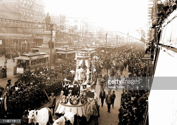 Mardi Gras procession on Canal St, New Orleans, Parades & processions, Carnival, Streets, United States, Louisiana, New Orleans, 1900