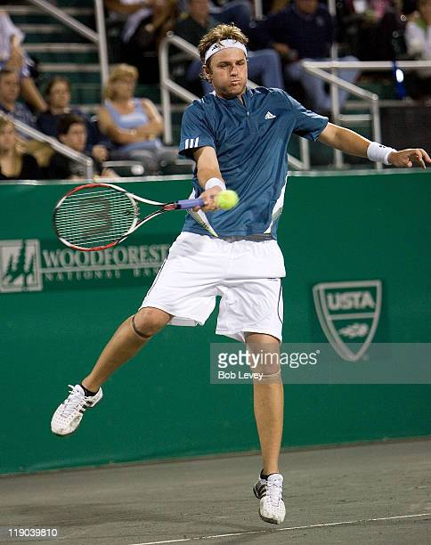 Mardy Fish hits a return agasint Mariano Zabaleta Mariano Zabaleta defeated [4]Mardy Fish 75 64 in 2nd round action at the US Mens Clay Court...