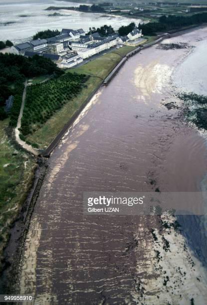 Marée noire sur les côtes bretonnes consécutive au naufrage du pétrolier Amoco Cadiz en mars 1978 France