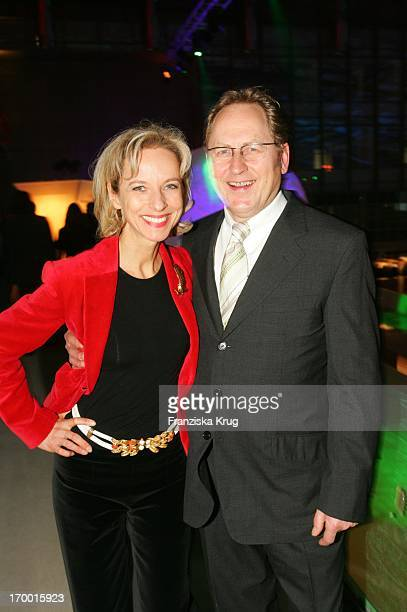 Mareike Carriere and husband Dr Gerd Klement When Zdf Hansetreff In the New Airport Terminal in Hamburg On 100305