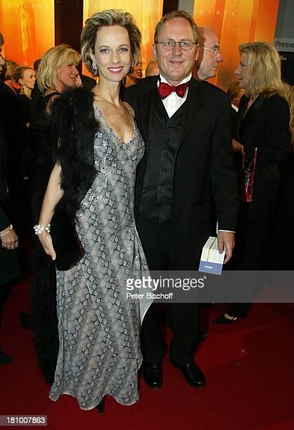 Mareike Carriere Ehemann Gerd Klement Gala zur Verleihung Deutscher Fernsehpreis 2003 Köln Coloneum roter Teppich Promis Prominenter Prominente