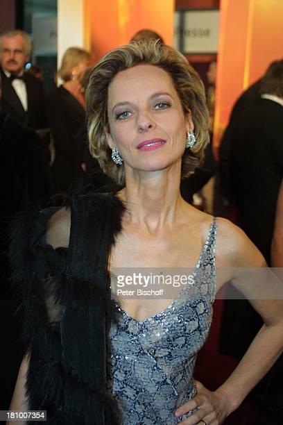 Mareike Carriere Gala zur Verleihung 'Deutscher Fernsehpreis 2003' Köln 'Coloneum' Foyer Ankunft Promis Prominenter Prominente