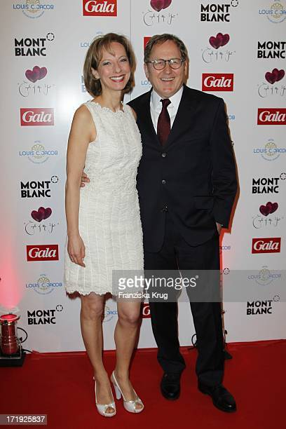 "Mareike Carriere Und Ehemann J.Gerd Klement Bei Der Verleihung ""Couple Of The Year"" Im Hotel Louis C. Jacob In Hamburg"