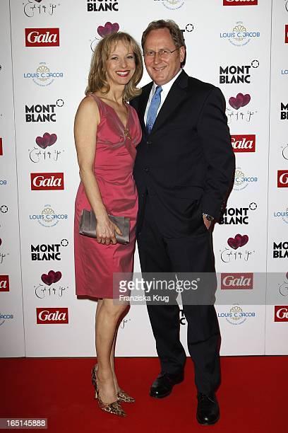 """Mareike Carriere Und Gerd J Klement Bei Der Verleihung """"Couple Of The Year"""" Im Hotel Louis C. Jacob In Hamburg ."""