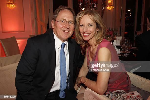 Mareike Carriere Und Gerd J Klement Bei Der Verleihung Couple Of The Year Im Hotel Louis C Jacob In Hamburg