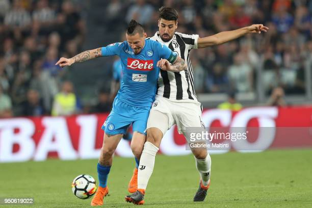 Marek Hamsik of Juventus battles for the ball with Sami Khedira of SSC Napoli during the serie A match between Juventus and SSC Napoli on April 22...