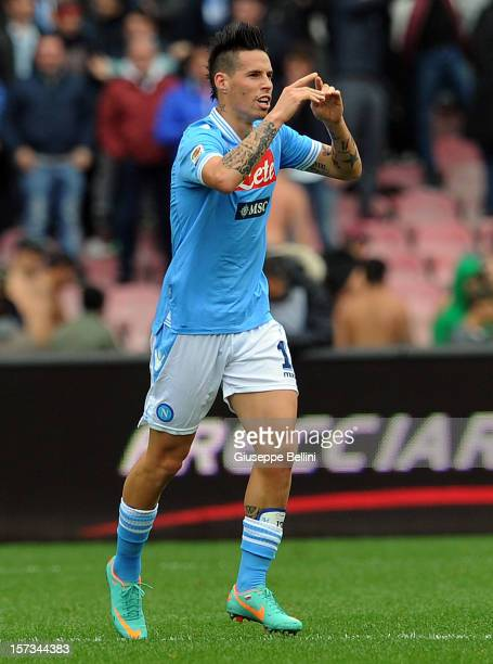 Marek Hamsik of Napoli celebrates after scoring his team's second goal during the Serie A match between SSC Napoli and Pescara Calcio at Stadio San...