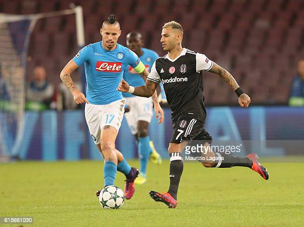 Marek Hamsik of Napoli competes for the ball with Ricardo Quaresma of Besiktas during the UEFA Champions League match between SSC Napoli and Besiktas...