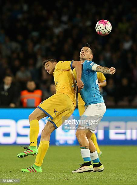 Marek Hamsik of Napoli competes for the ball wth Daniel Ciofani of Frosinone during the Serie A match between SSC Napoli and Frosinone Calcio at...